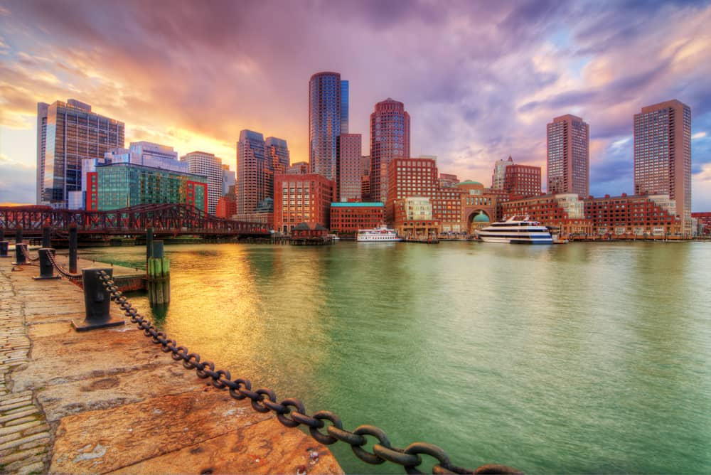 free things to do in boston - Skyline of downtown Boston, Massachusetts, USA with an amazing pink and purple sunset