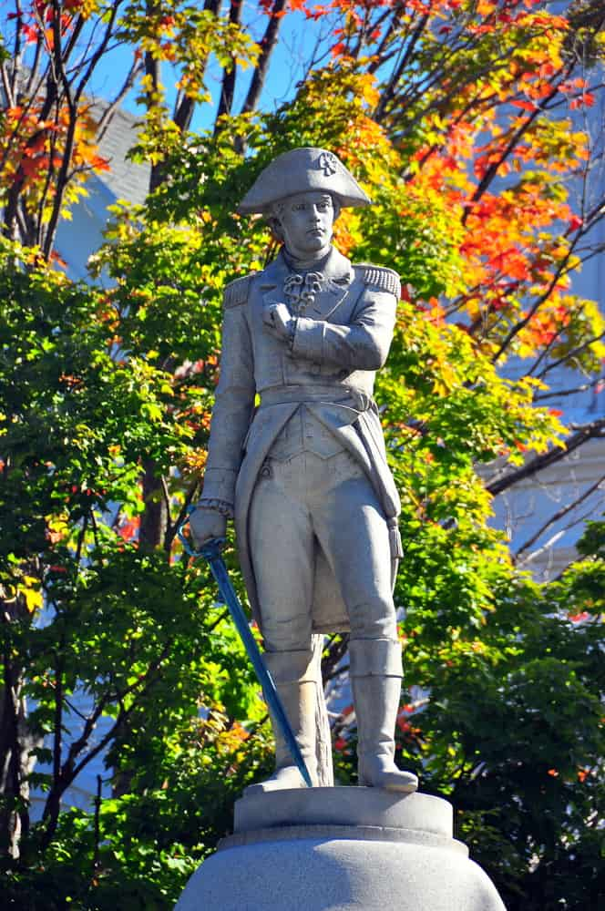 Manchester Village, Vermont: Revolutionary War Soldier stands on the Green on Main Street / Route 7A - Xu Lei Photo