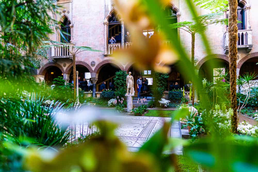A corner view of the Islabella Stewart gardner museum, one of the most beautiful places in MA