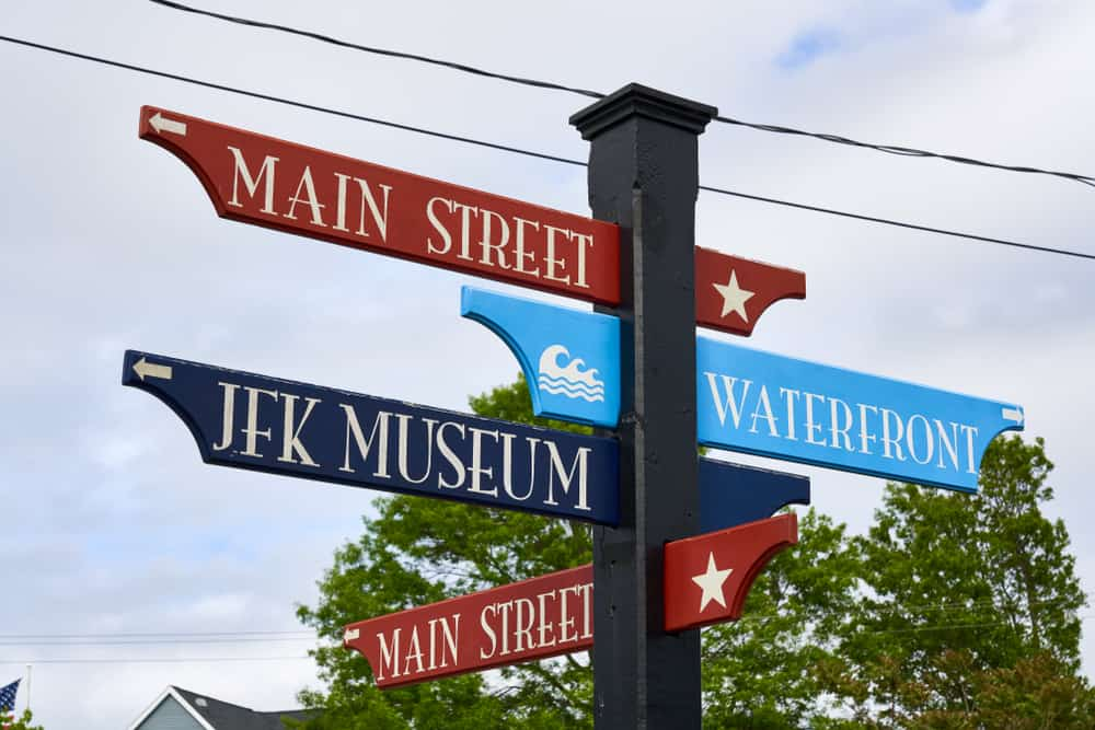 One of the Things to Do in Cape Cod With Kids is to visit the museum