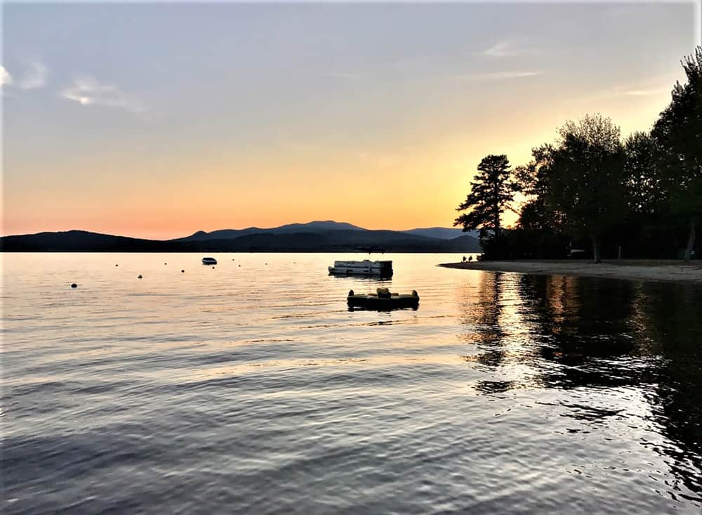 image of a lake seen at the end of sunset