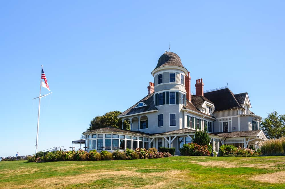 classic 19tjh century new england beach hotel seen on a sunny day