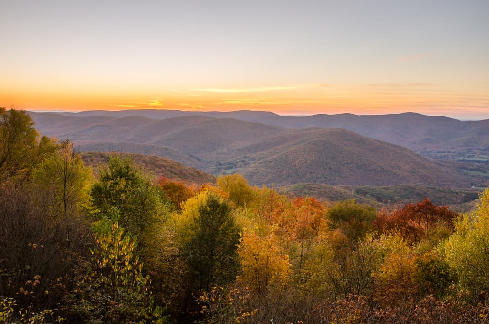 rolling mountains in autumn with fall foliage, best hikes in the berkshires