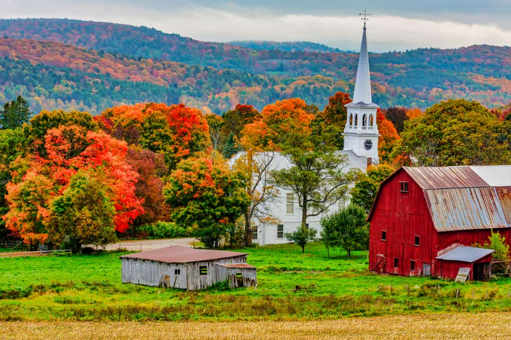 Historic town surrounded by mountains in the fall
