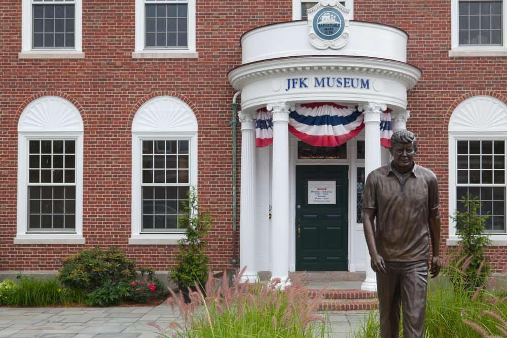 Brick building that says JFK Museum